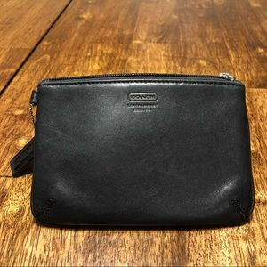 NICE!! Coach Leather Black Wristlet